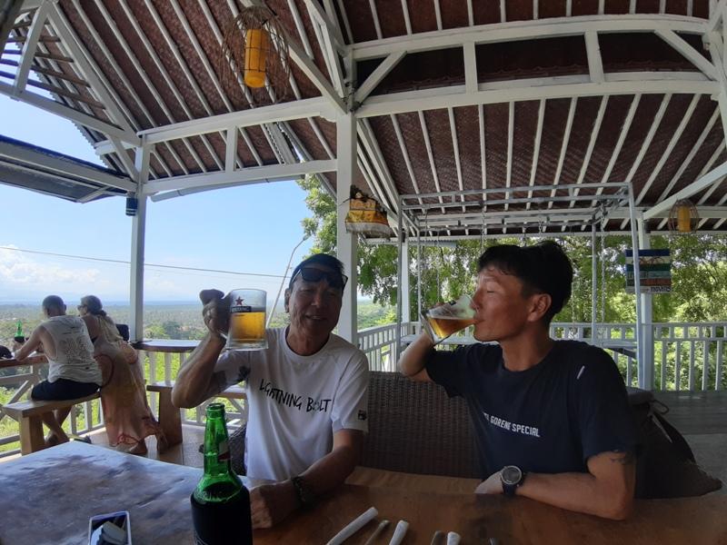 レンボンガン島パノラマレストラン
