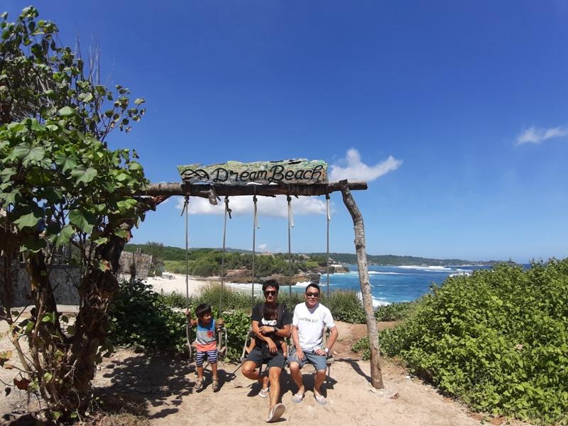 レンボンガン島DREAM BEACH