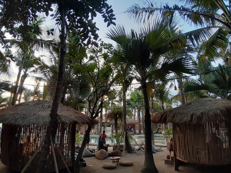 バリ島ビーチクラブLa Brisa|ラブリサ