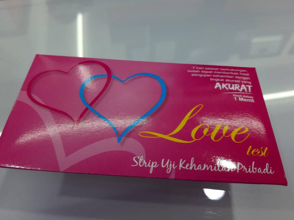 妊娠検査薬  kimia farmaキミアファルマ と言う薬局では22,000rpで売っていました。